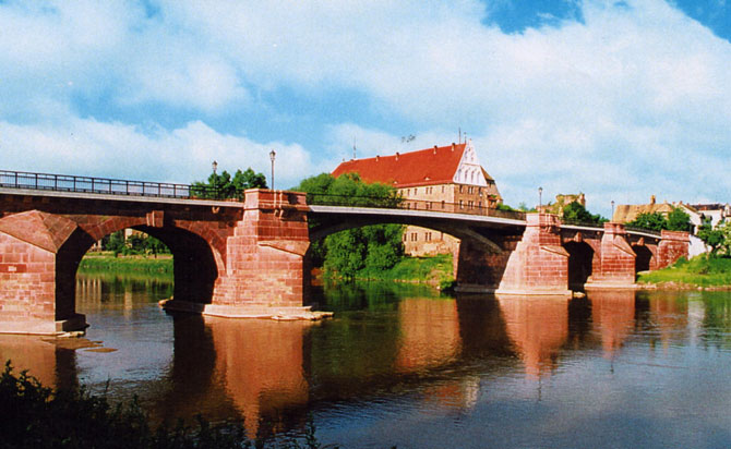 http://www.poeppelmannbruecke.de/Images/2000-saniert-670.jpg